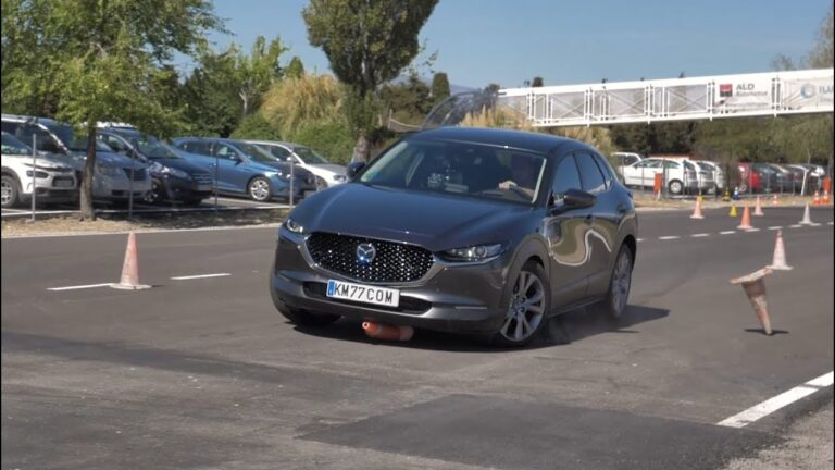 Mazda MX 30 Electric has passed a Moose Test (video)