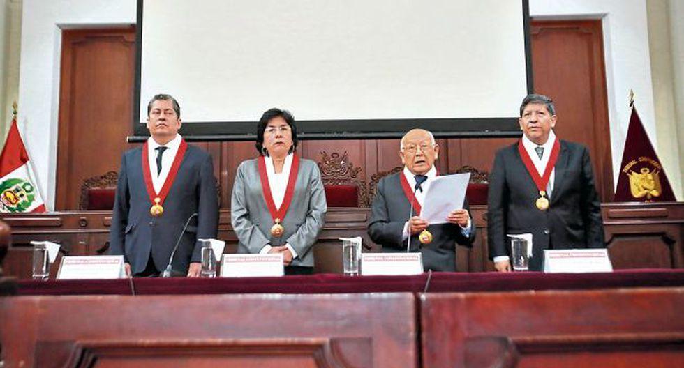 EL TRIBUNAL CONSTITUCIONAL Y LA CONSTITUCION IMAGINARIA