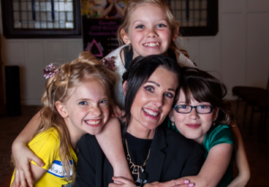 rhonda with three young girls