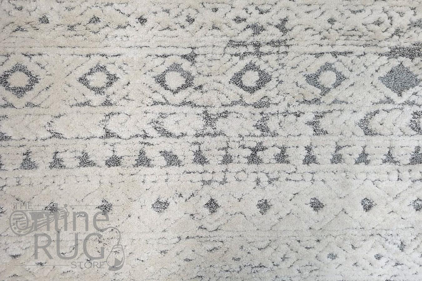 Chloe Light Grey Ivory Bohemian Textured Rug