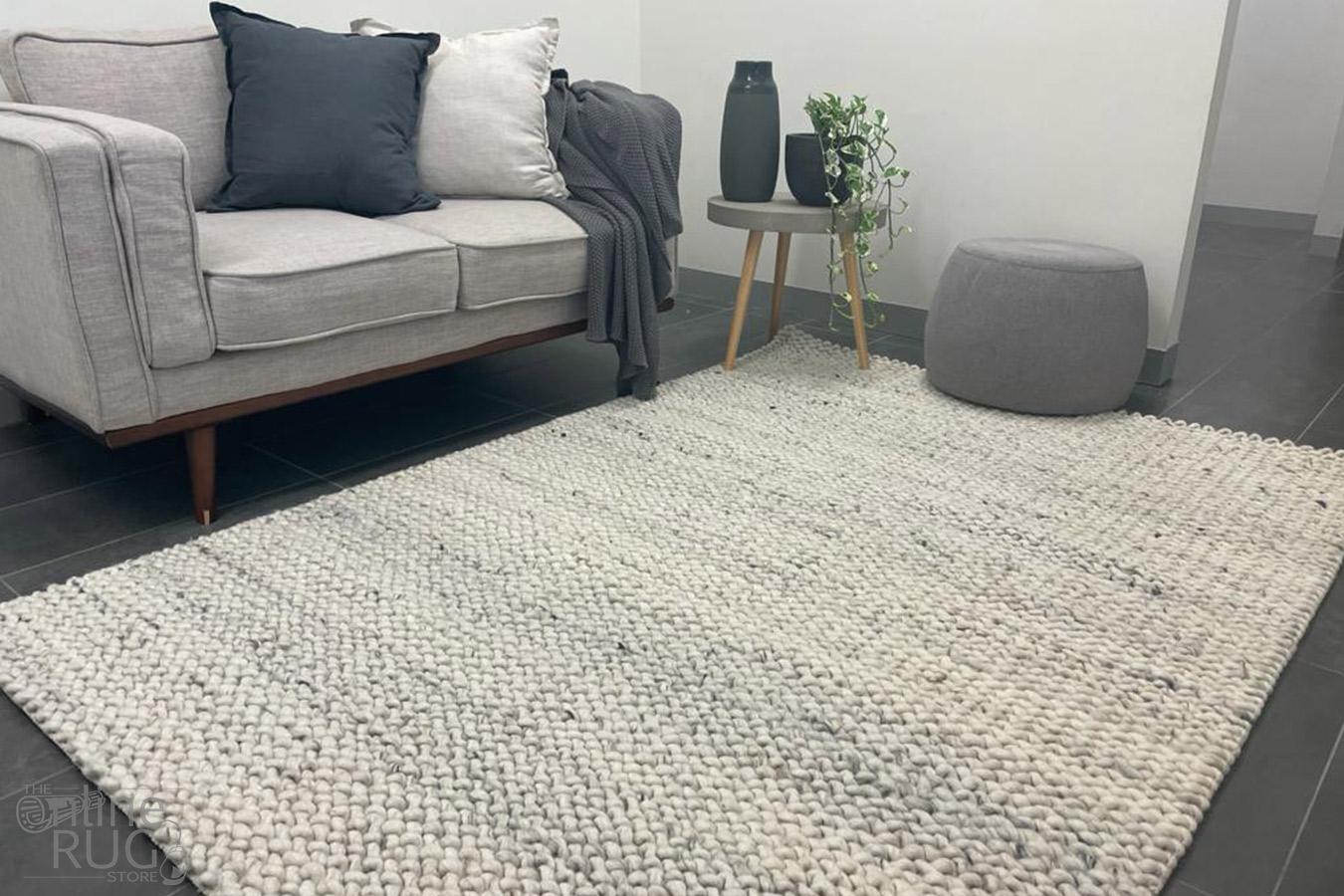 Olivia Natural Wave Pattern Wool Rug