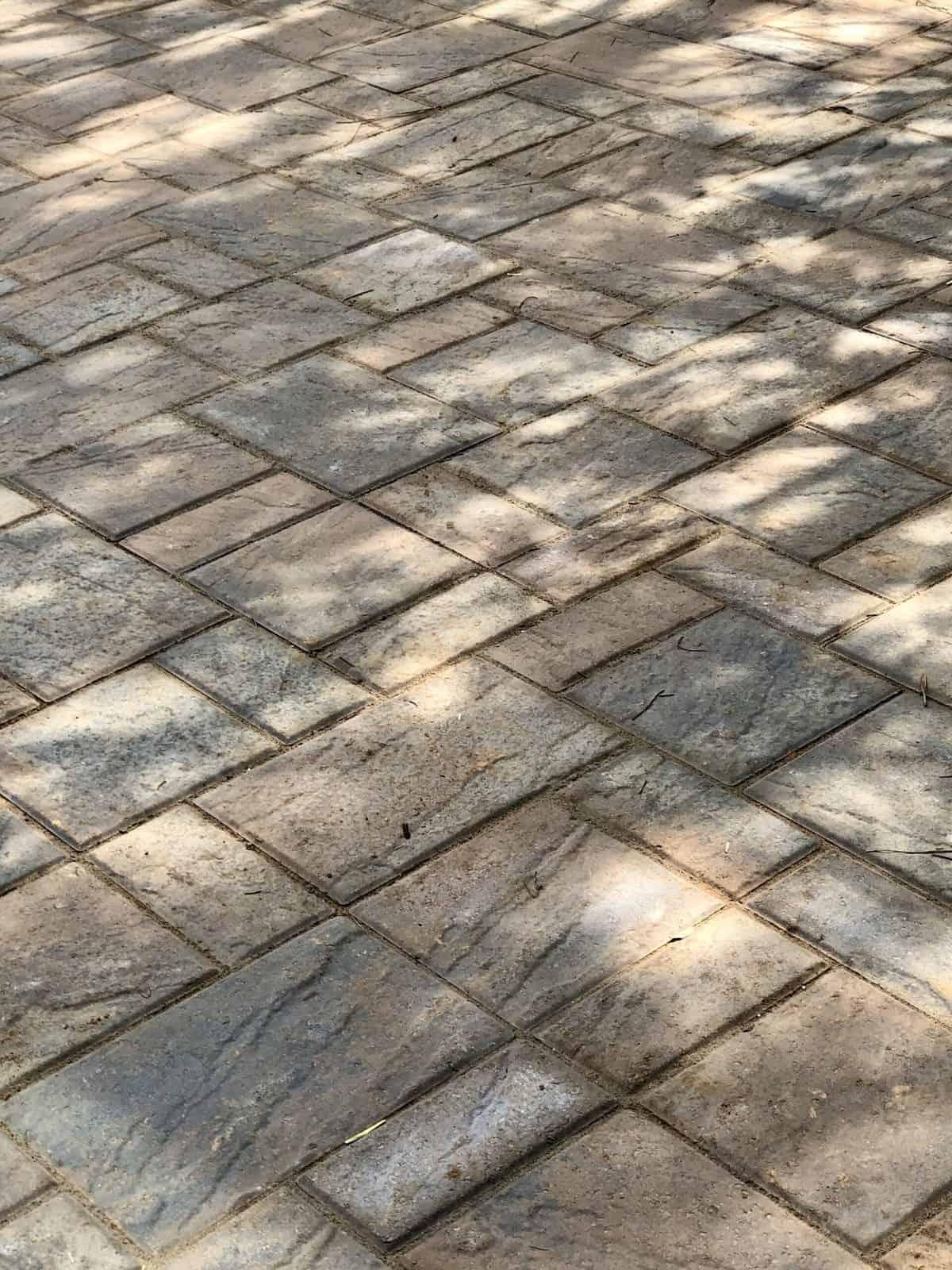 techo-bloc eva sandlewood pavers