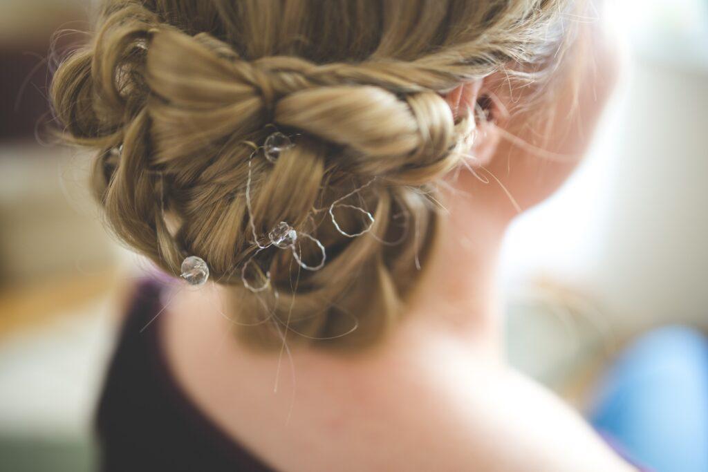 weddings hair stylist and makeup