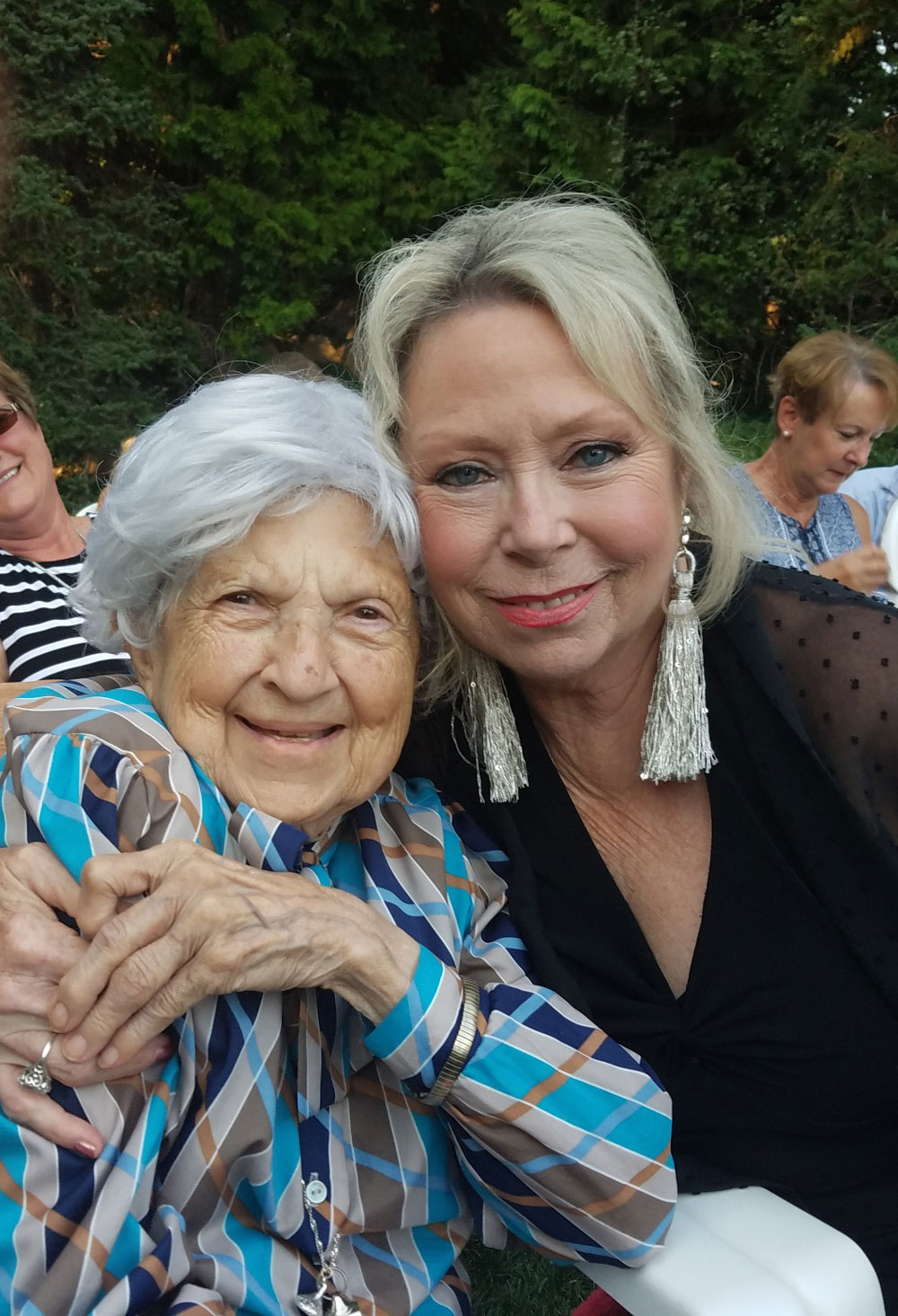 Rio Sandidge and Aurora Vaentinetti' at RLS Productions 2019 Concerts in the Gardens
