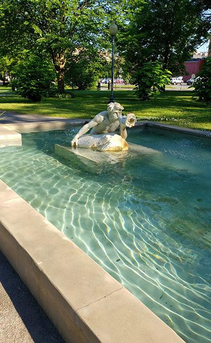 congress park water fountain