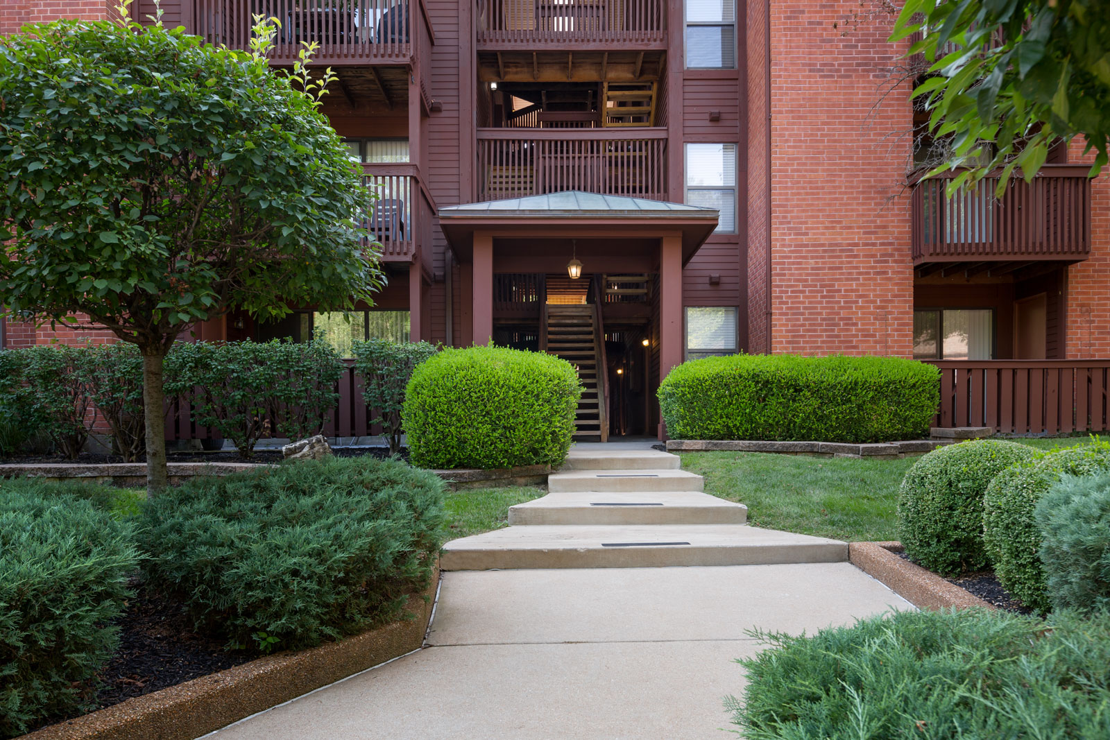 An entry to the apartments at Chesterfield Village Apartments