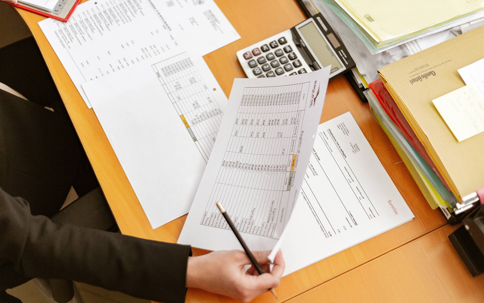 Invoice Factoring: A Quicker Solution for Acquiring Capital Without Taking on Debt