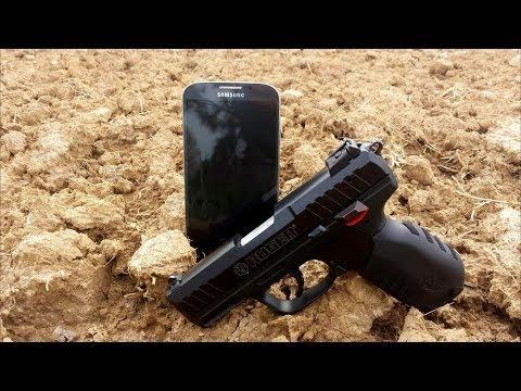 Ruger SR22 .22LR vs Samsung Galaxy S4