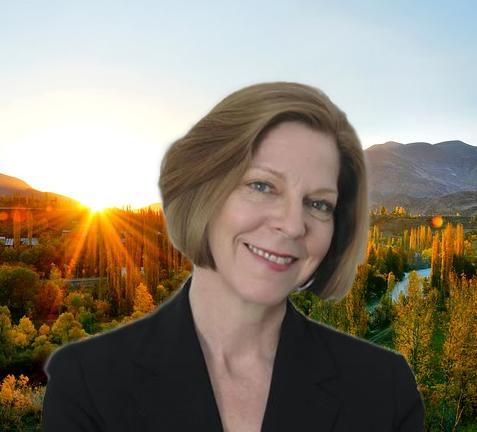 Lynne Shaner, PhD - Praxis Wellness in Life+Work
