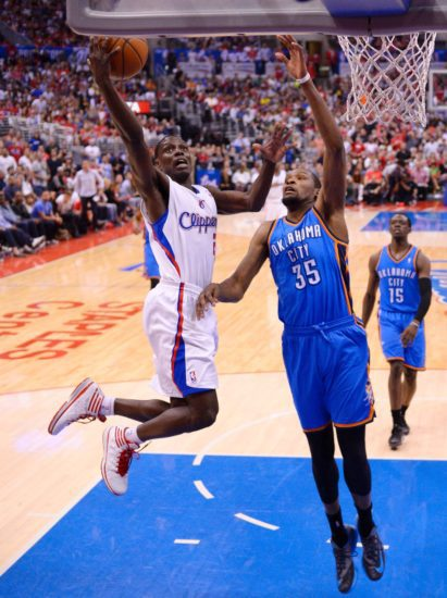 Darren Collison stars as Clippers rallied to beat Thunder, tie series 2-2
