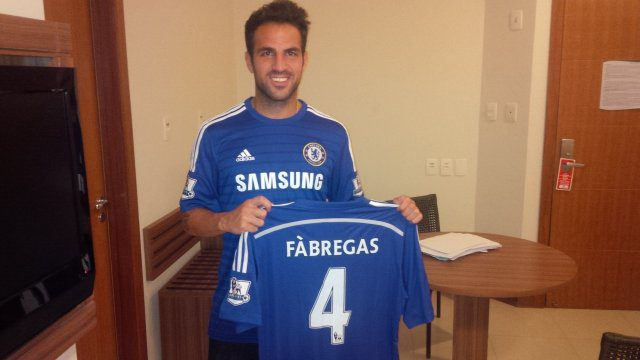 Fabregas Signs For Chelsea, Says Arsenal Didn't Want Him Back