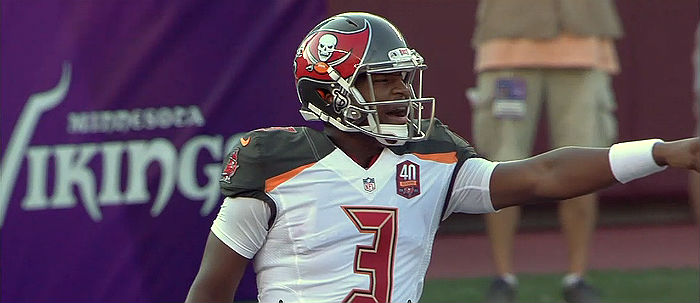 Jameis Winston Passes For 221yards In First Quarter For Buccaneers v Detroit