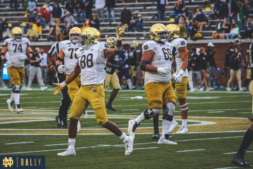 #2 Notre Dame Thrashed #25 North Carolina Behind Book's Moving Offense
