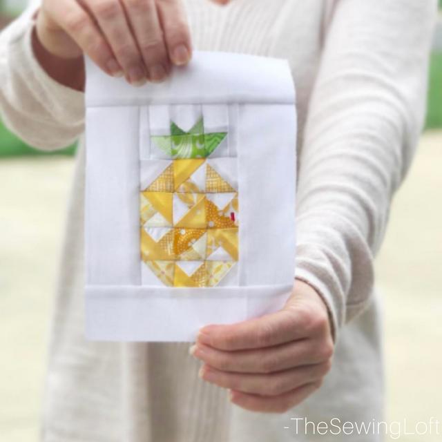 Pineapple Smoothie Block