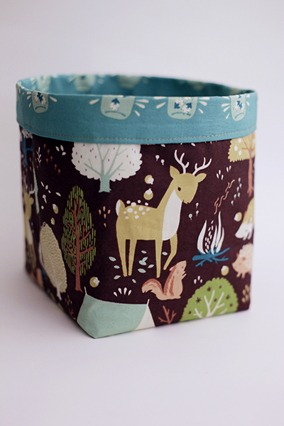 Fabric basket with contrast cuff