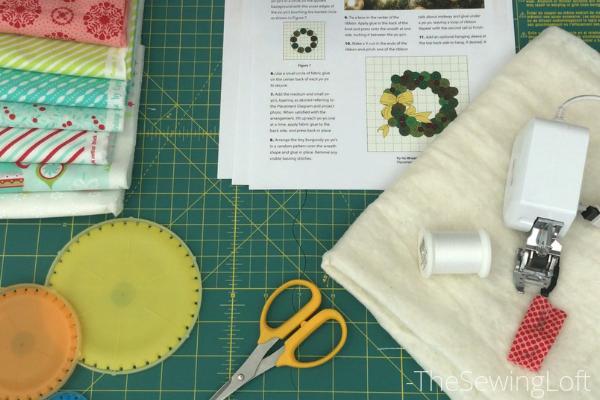 Wreath mini quilt