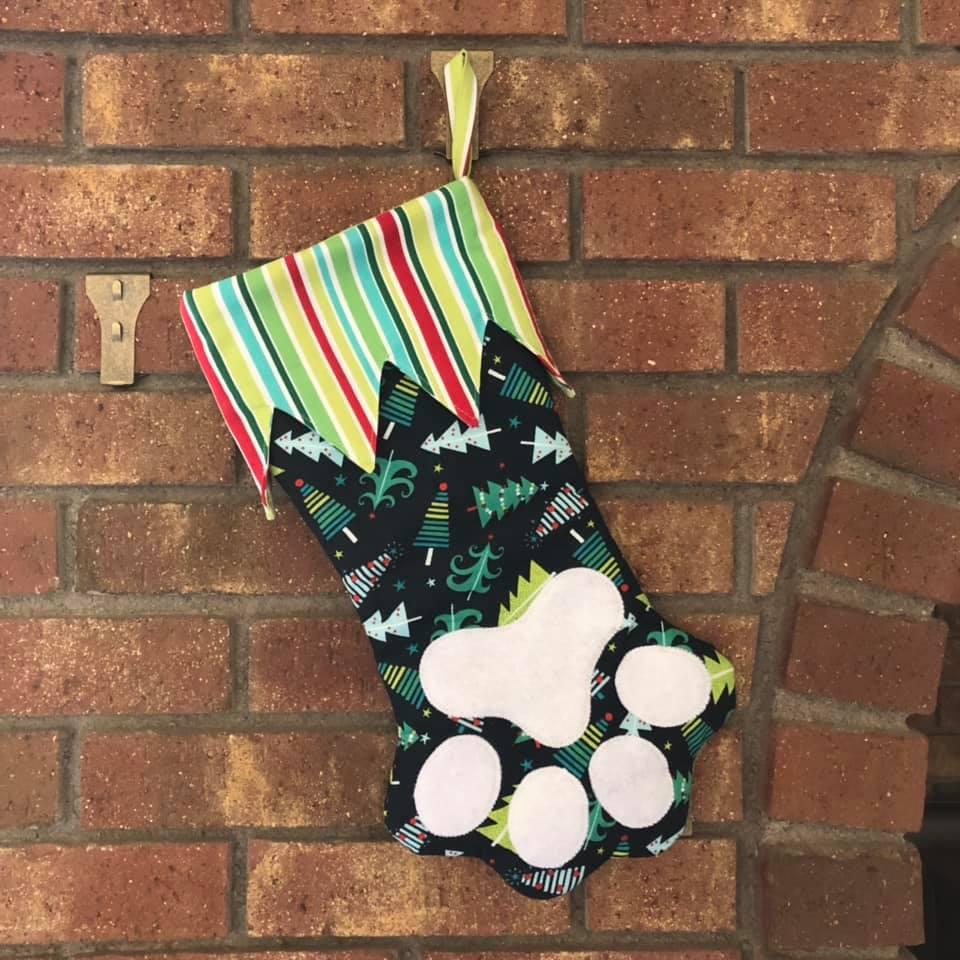 Free pet stocking pattern sewn by Maryanna Powell