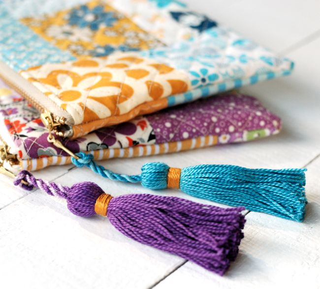 Patchwork zipper pouch with tassel, free tutorial