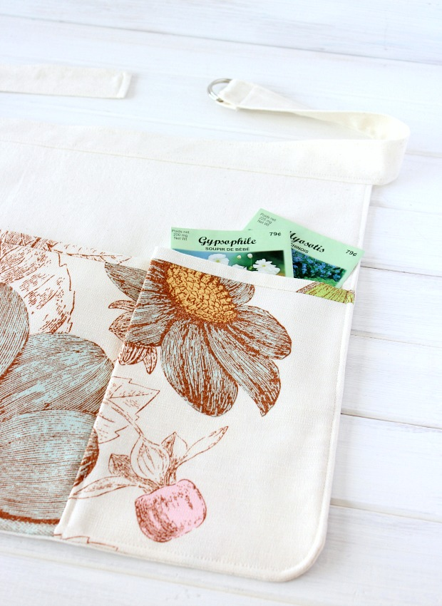 Gardening Apron with pockets tutorial