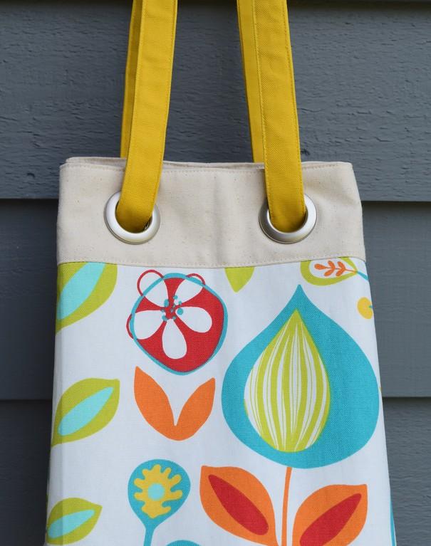 Convertible Bucket Bag Tutorial with Grommets
