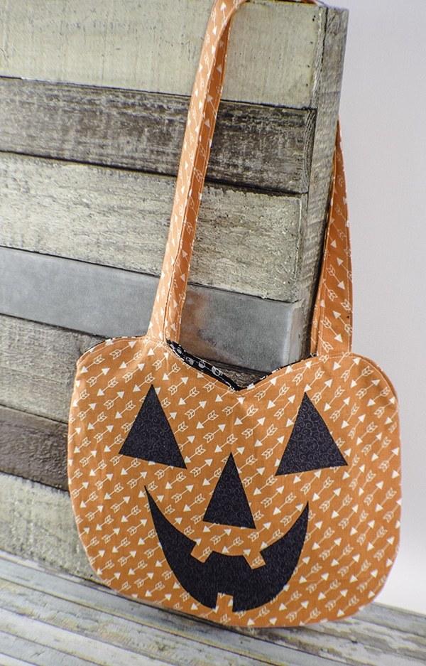 Free Halloween Pumpkin Treat Bag
