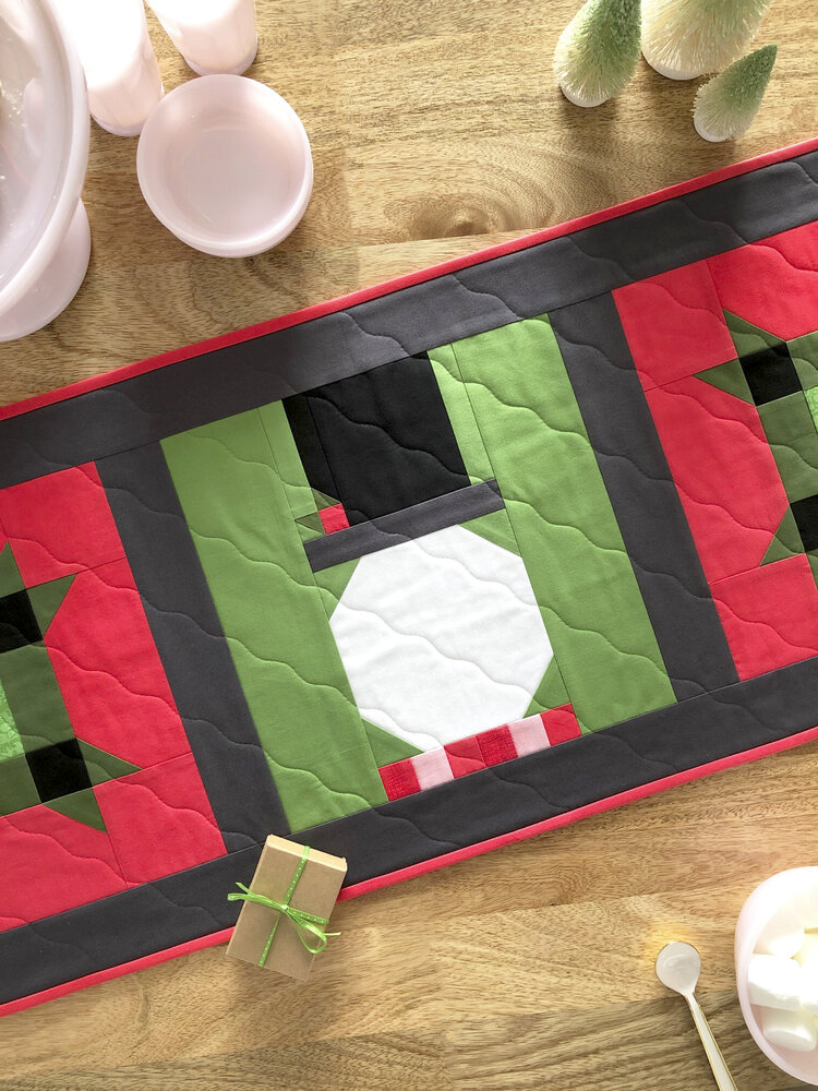 Snowman Table Runner Free Sewing Pattern and Tutorial