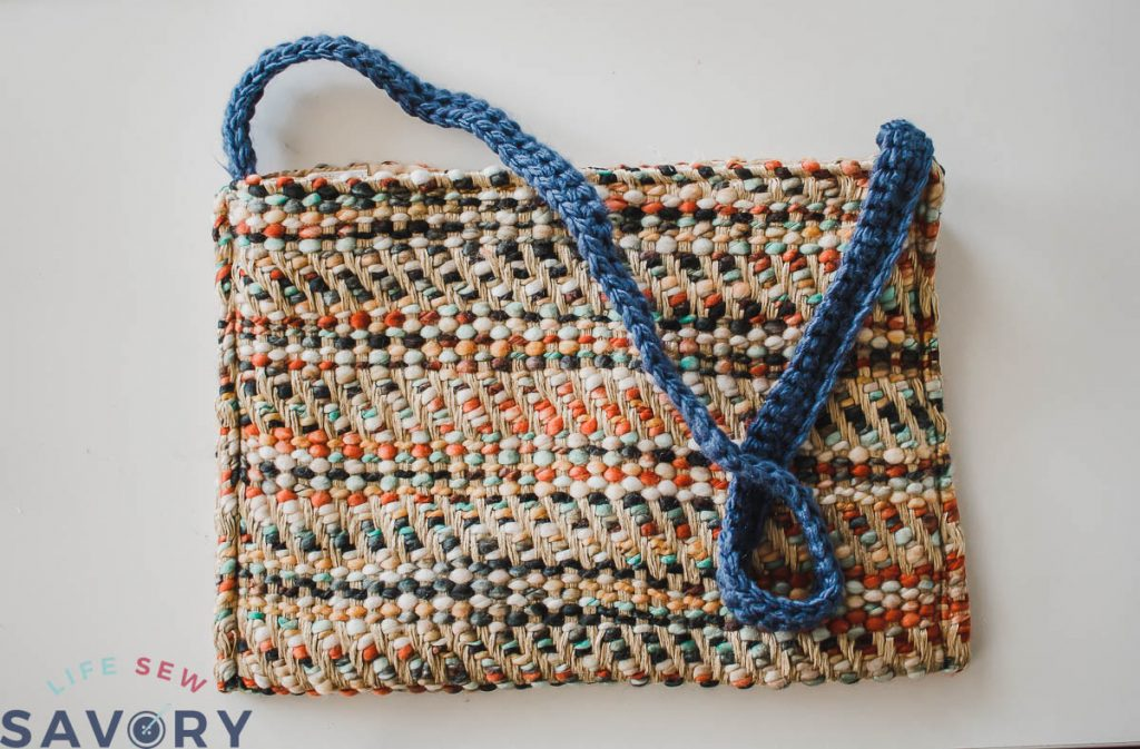 Easy DIY Purse from a Placemat