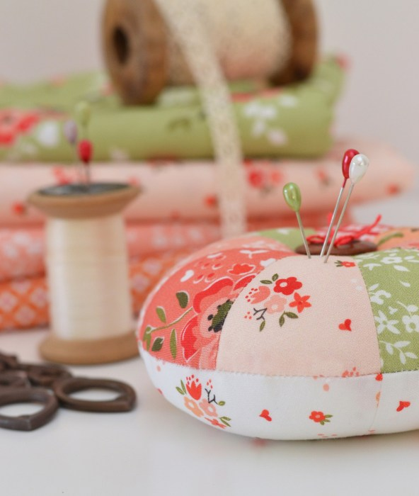 Easy Sprocket Pincushion Sewing Tutorial