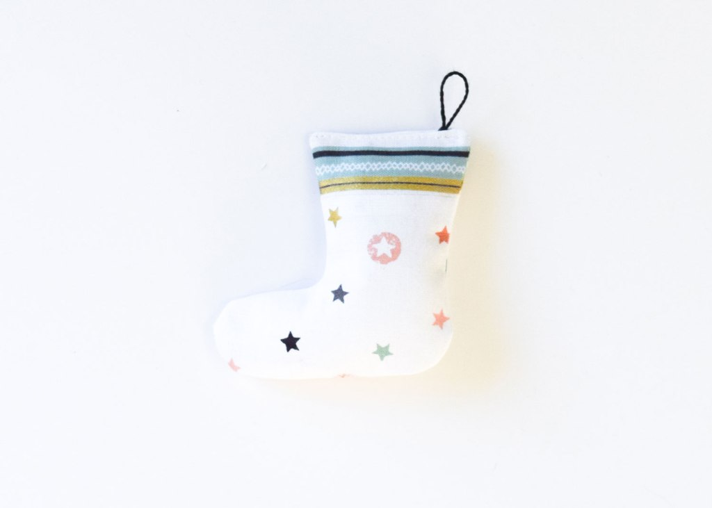 Easy to sew stocking ornament or garland