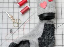 how to make a coffee cozy from a sock
