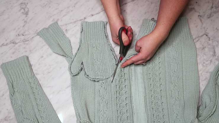 DIY Mittens from upcycled sweaters