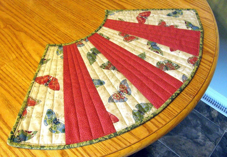 Quilted Round Table Placemat Sewing Pattern