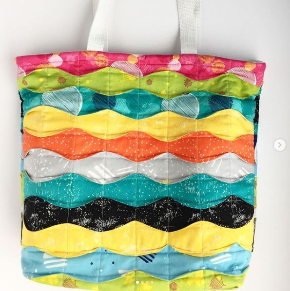 Memory Lane Tote - Free quilted tote sewing pattern