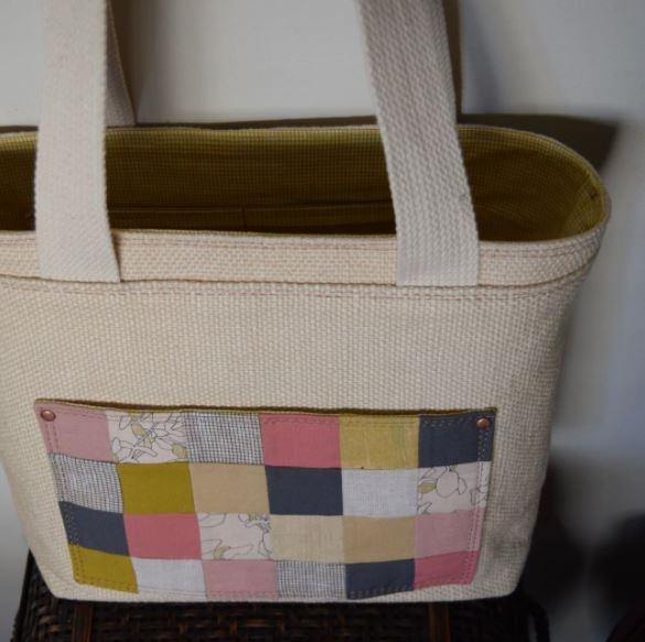 patchwork pocket Sheridan Tote free sewing pattern