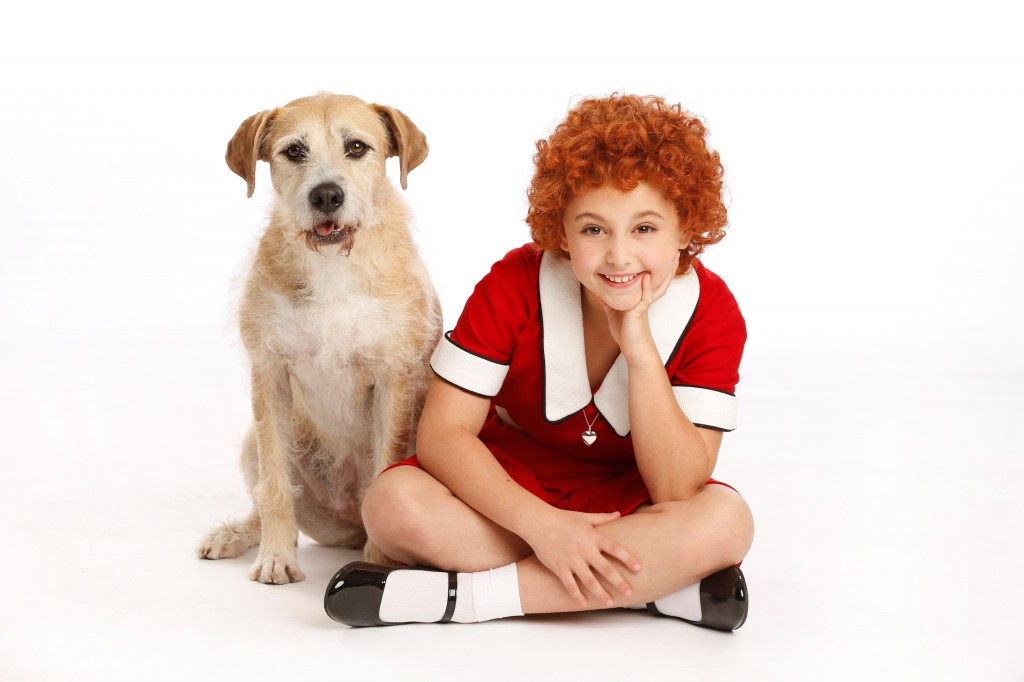 Sunny as Sandy and Issie Swickle as Annie - photo byJoan Marcus