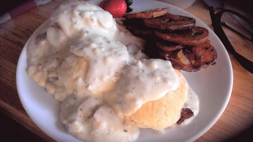 boston-fish-house-biscuits-and-gravy