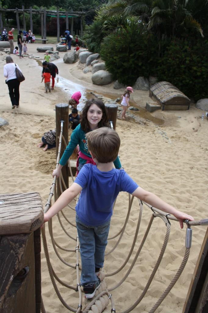 Kensignton Gardens - pirate ship