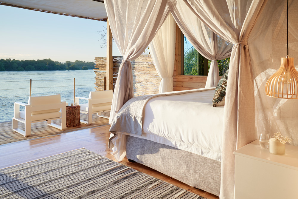 Island Treehouse - River View
