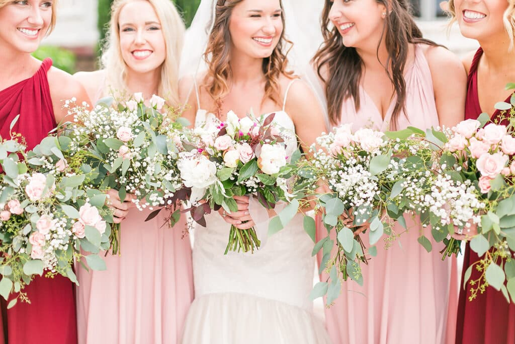 2018 Wedding Floral Forecast – Entwined Events   Bella Rose Floral & Design   Photo Credit: Heather Chipps Photography