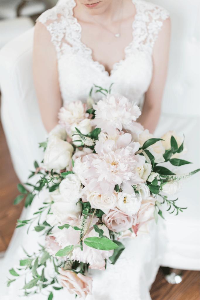 2018 Wedding Floral Forecast – Entwined Events   Florals: Bella Rose Floral & Design   Photo Credit: Amanda Somerville Photography