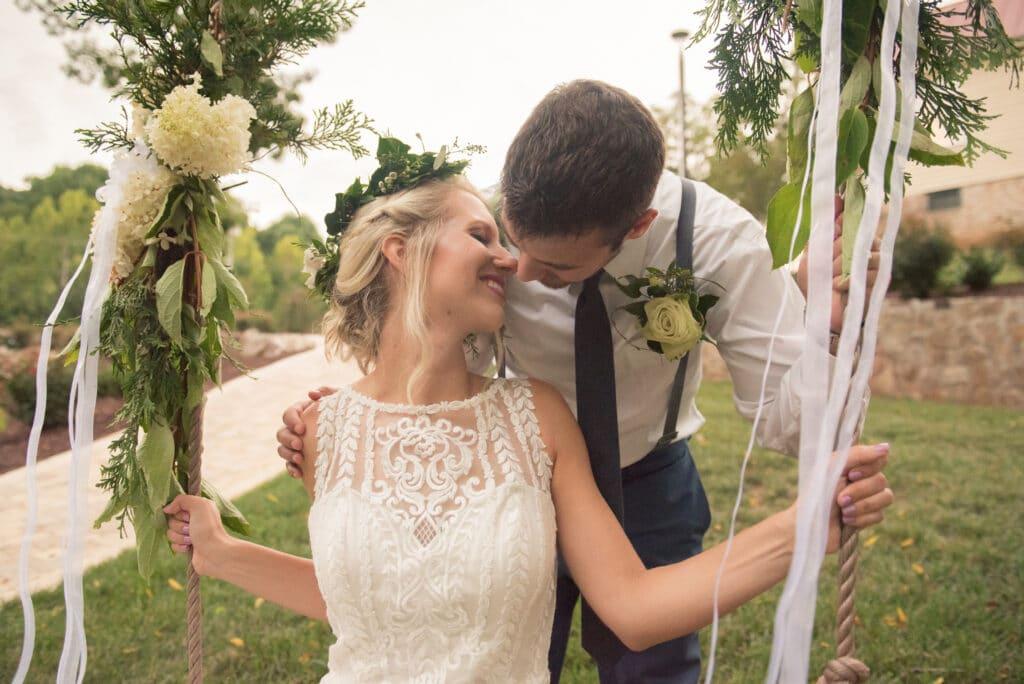 Selecting Your Virginia Wedding Venue | Entwined Events | Venue: Bella Rose Plantation in Lynchburg, VA | Photo Credit: Emily Hancock Photography