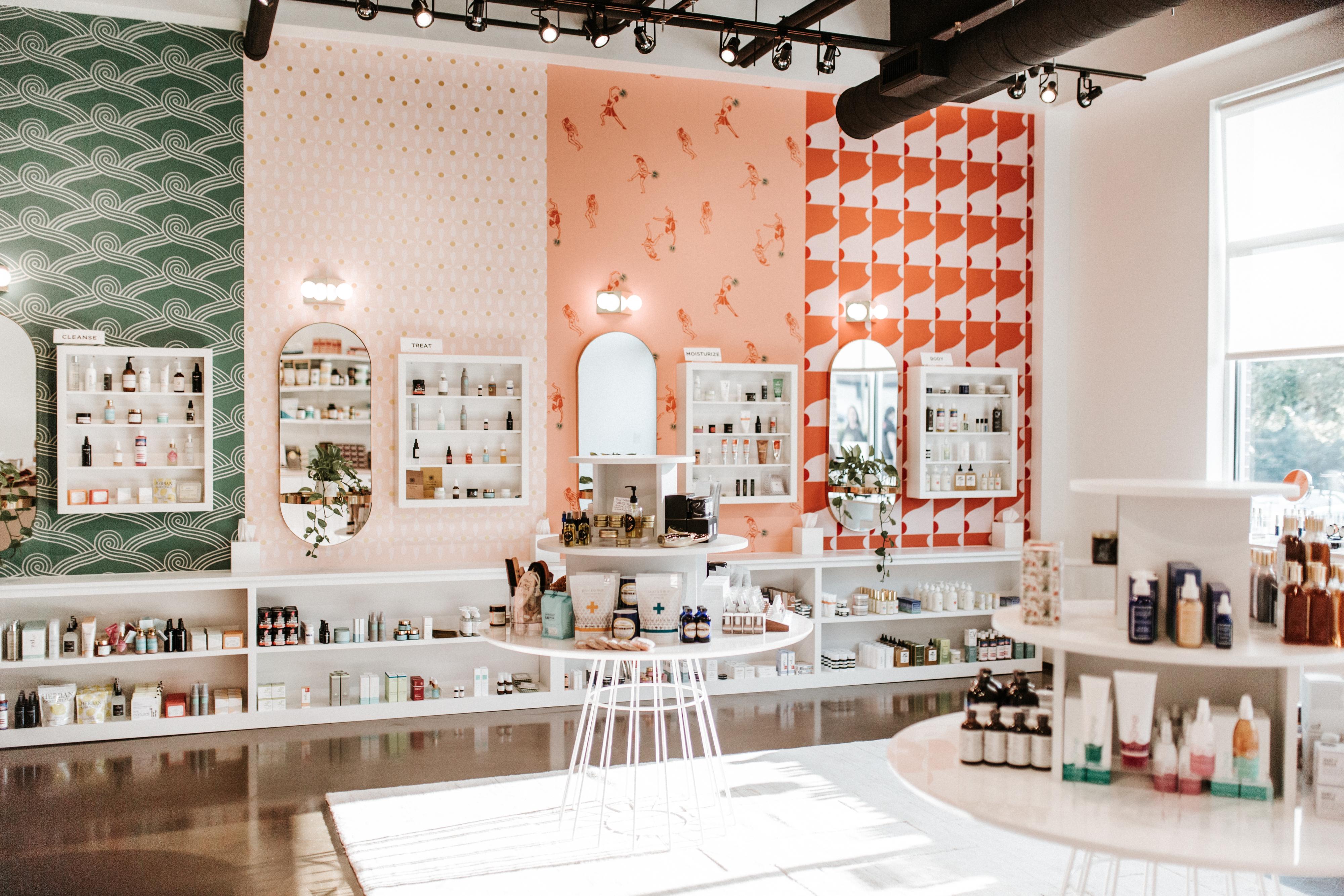 Lemon Laine Green Beauty Shop in Nashville, TN