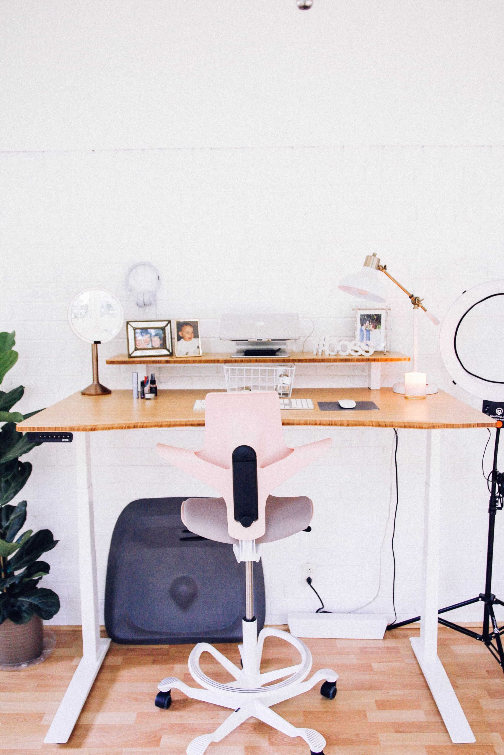 Jarvis Bamboo Standing Desk: of My Dreams