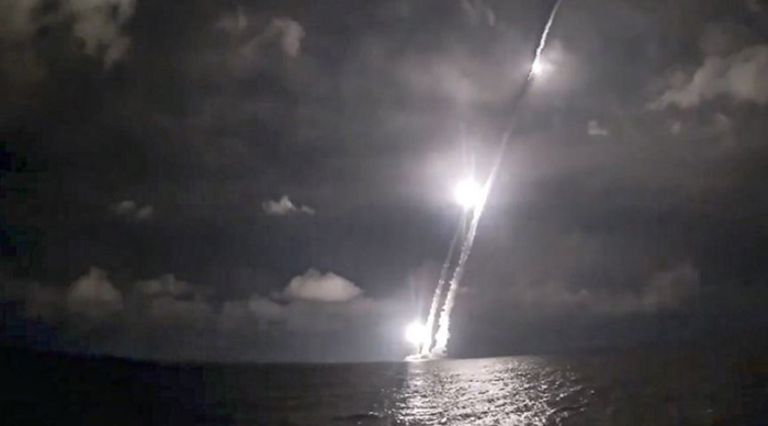 Four intercontinental ballistic missiles are launched from the Vladimir Monomakh nuclear submarine of the Russian navy on Saturday, December 12, 2020, from the Sera of Okhotsk (Source: Russian Ministry Press Service)