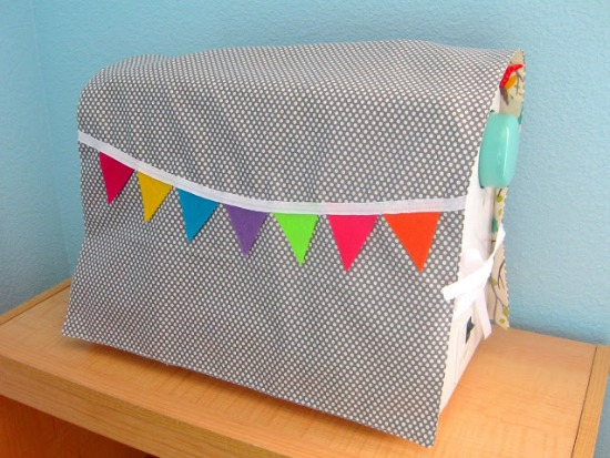 Easy Sewing Machine Covers to keep your machine clean.
