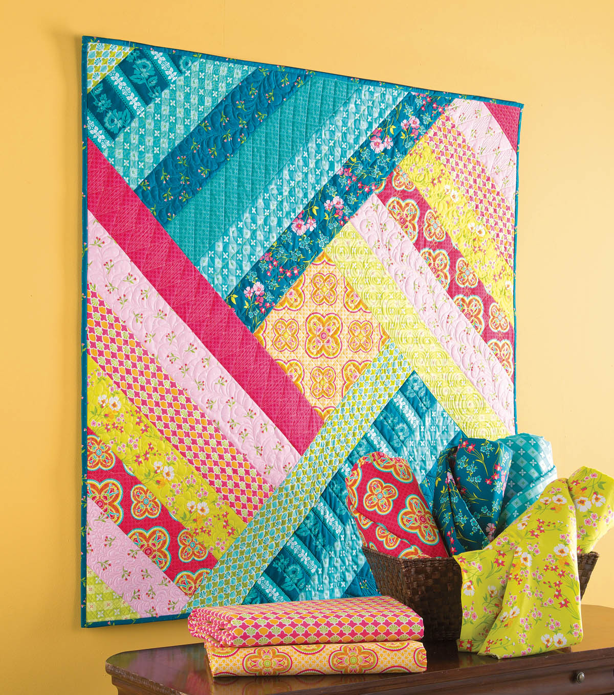 Wow, check out this awesome line up of free mini quilt patterns.