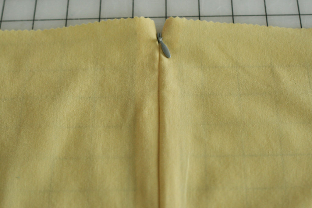 Improve your sewing and zipper installation is a breeze with these amazing zipper hacks.