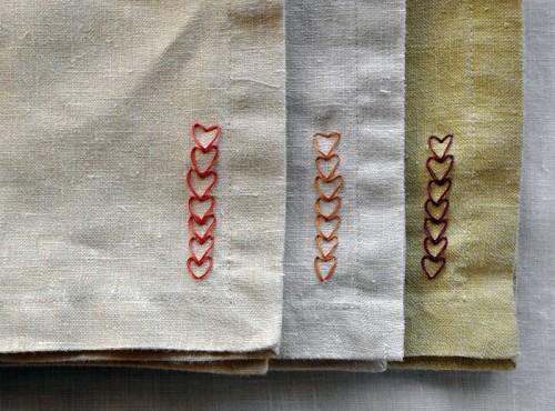 DIY chain of heart napkins pattern