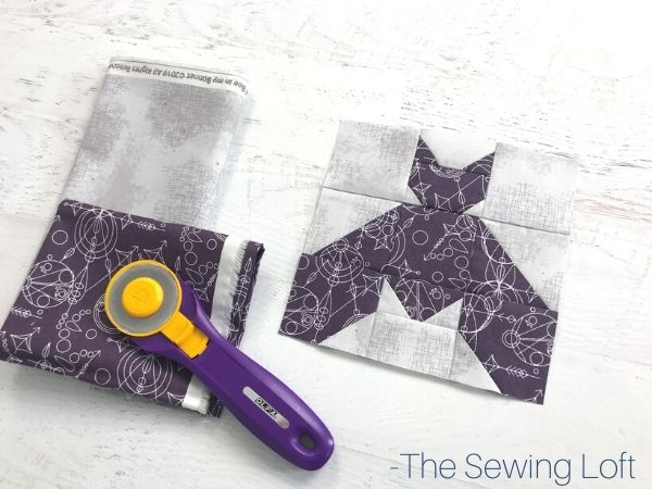 Add the Bat quilt block to your Halloween themed quilting projects. Easy to make block is available in 2 finished sizes and is a patchwork construction.