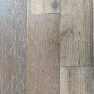 Real timber and smoked oak flooring. NZ oak wood flooring wholesaler!